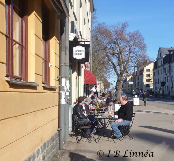 wk Café o bokhandel